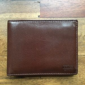 COACH Men's Compact ID Wallet